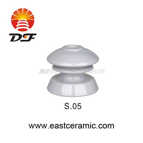 S.05 porcelain shackle insulator