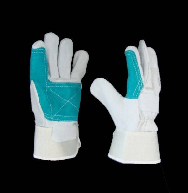 Rubberized Cuff Shoulder Leather Gloves