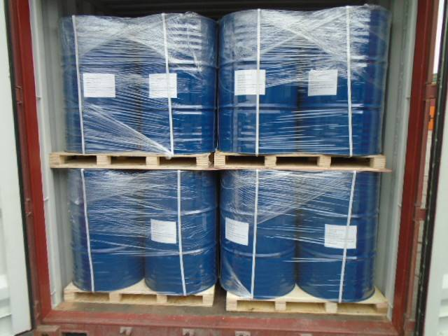 Refinery corrosion inhibitor