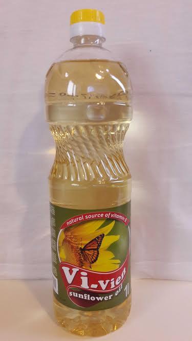 Refined sunflower oil 1L PET bottles text CZ / SK / PL / HU / DE / UK Quantity 20 trucks per month
