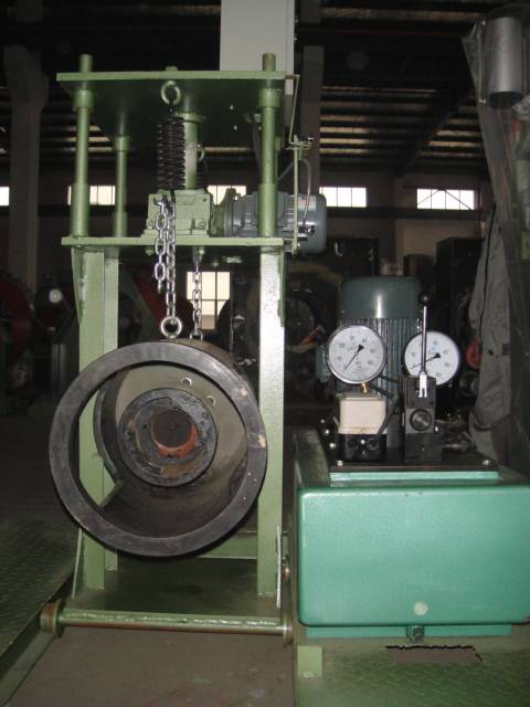 concrete spun pile pole tension jack machine