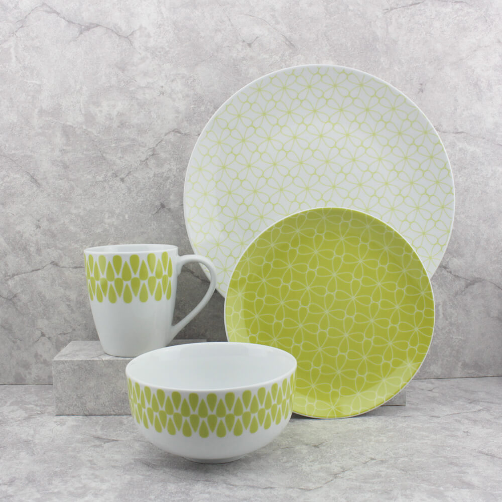 lucky clover wedding dinnerware