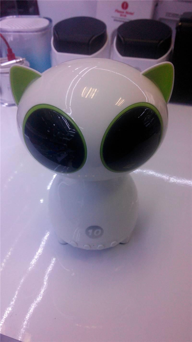 Latest Designed Bluetooth Speaker for Cellphone/PC Subwoofers Mini Cat Speaker Super Cute Speaker wi