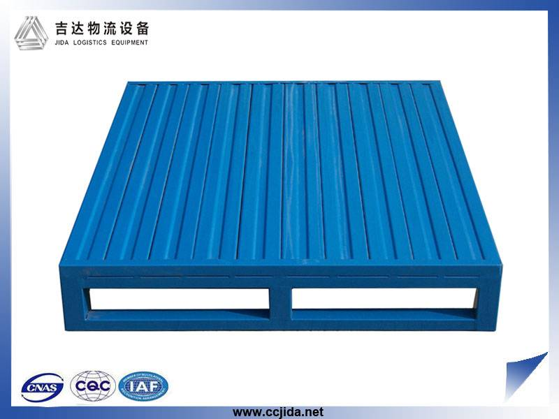 Flat surface steel pallet