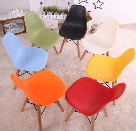 Set of 2 Side Chair Wood Base Black Plastic Molded Eiffel Cheap Eames Chair