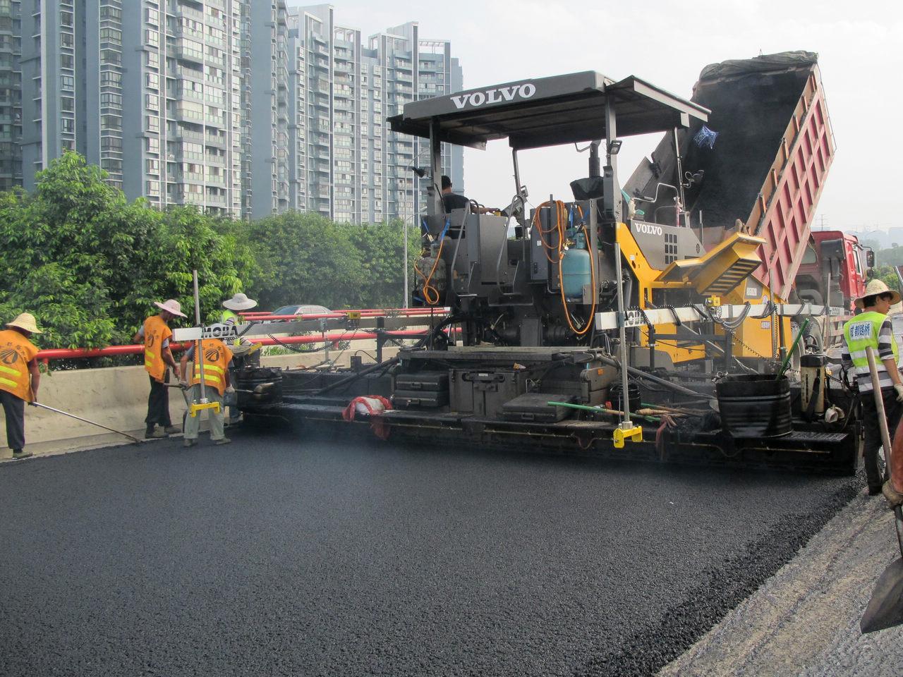 Wholesale High Quality Liquid Petroleum Bitumen 60/70 Asphalt for Road Construction