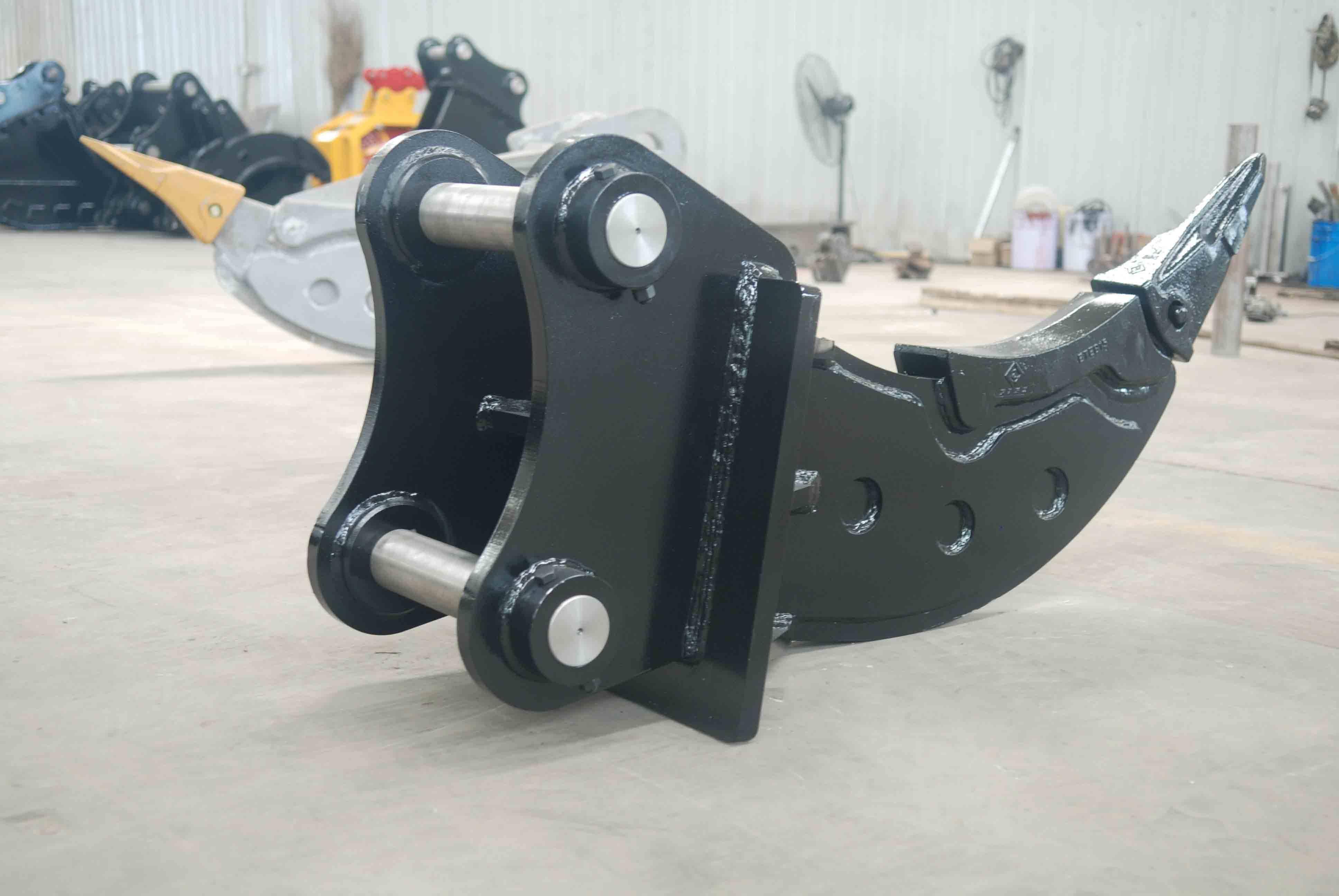 excavator attachment ripper for excavator/china supplier excavator ripper