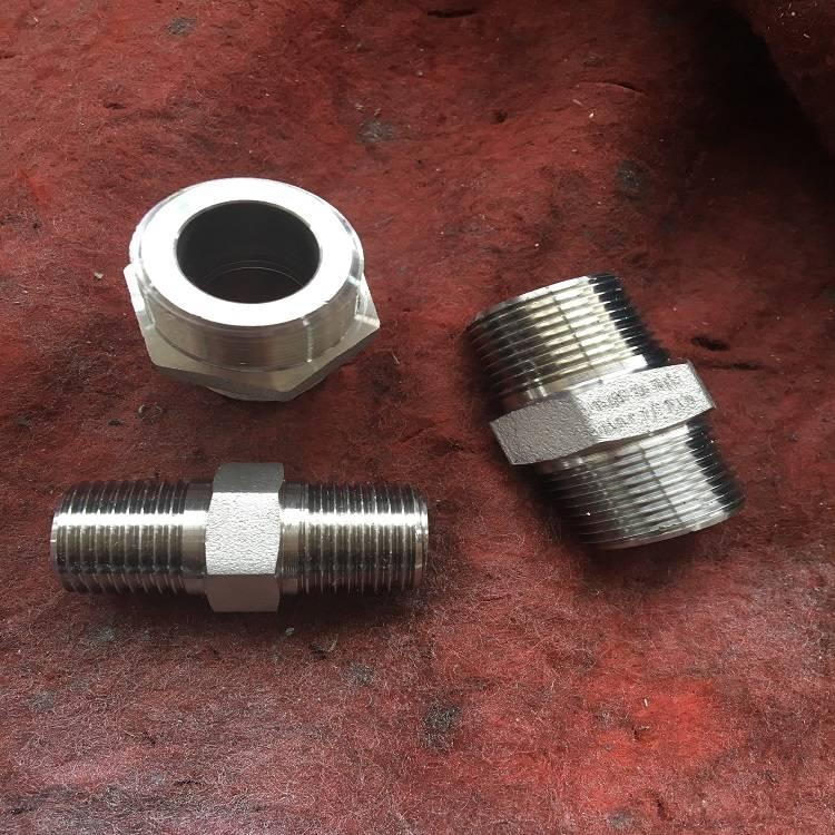 sch80 A105 male thread npt hex nipple