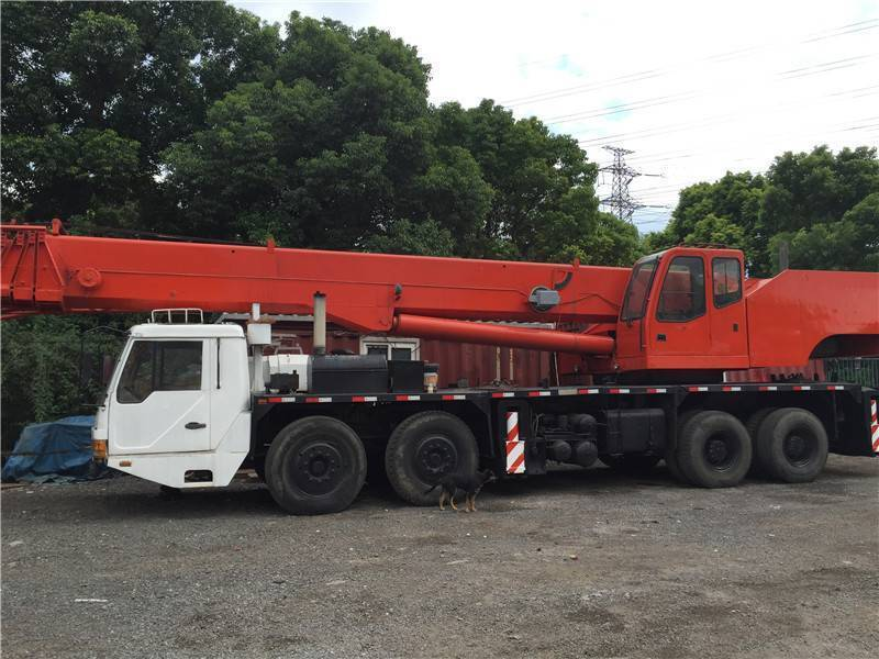 USED ZOOMLION 65TON MOBILE CRANE WITH HIGH QUALITY IN LOW PRICE