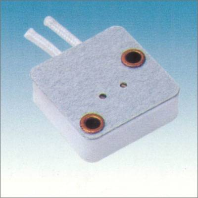 G5.3-6.35 ceramic lamp holder in CE certificate 039