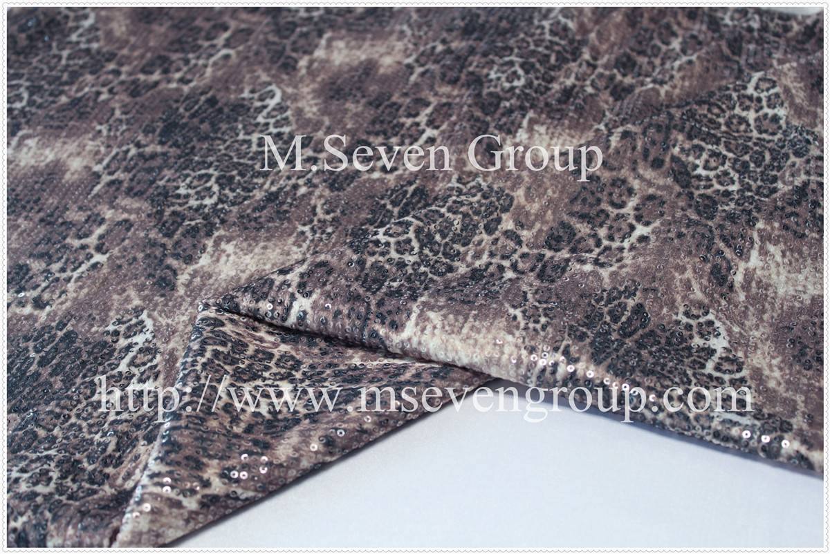 100% Polyester sequins embroidery fabric for ladies garment