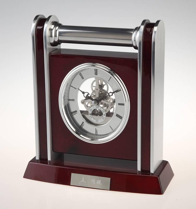 Conda Quartz wooden desk clock K8025