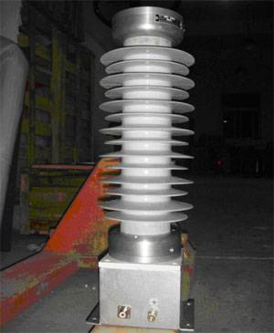 lightning pulse voltage online monitoring of high-voltage impulse voltage divider