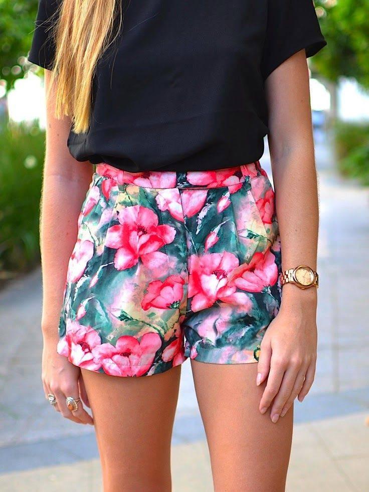 flower print woman beach shorts