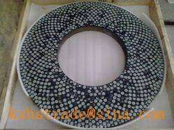 Diamond grinding wheel, surface abrasive