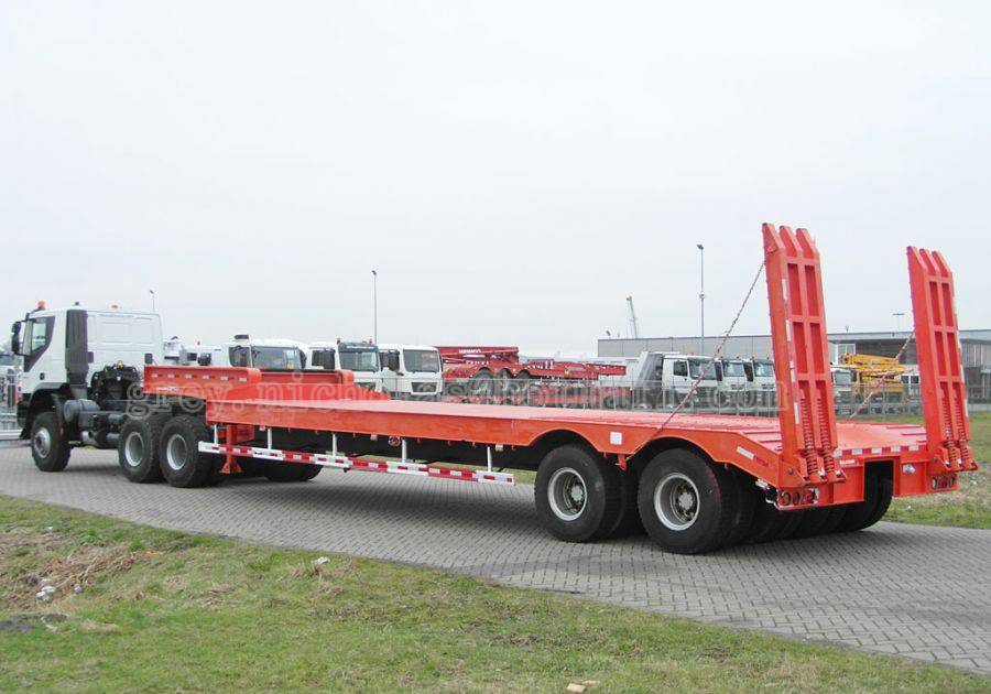 Customized 60-100 tons 4 axles gooseneck lowboy transport low bed trailer with quality assurance