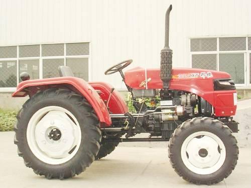 XT304 tractor