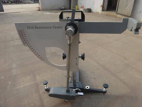 Skid resistance tester