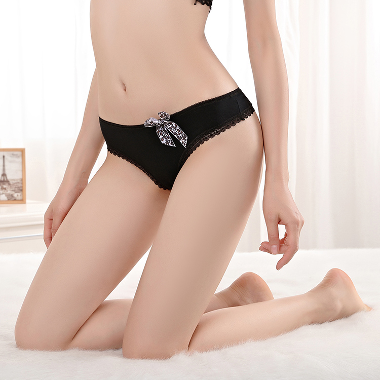 Sexy Lepoard Bow Ladies Briefs Comfortable Lace Trim G-string Breathable Cotton Thongs For Women