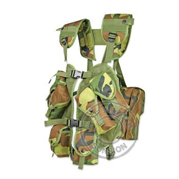 Tactical Vest with pouches