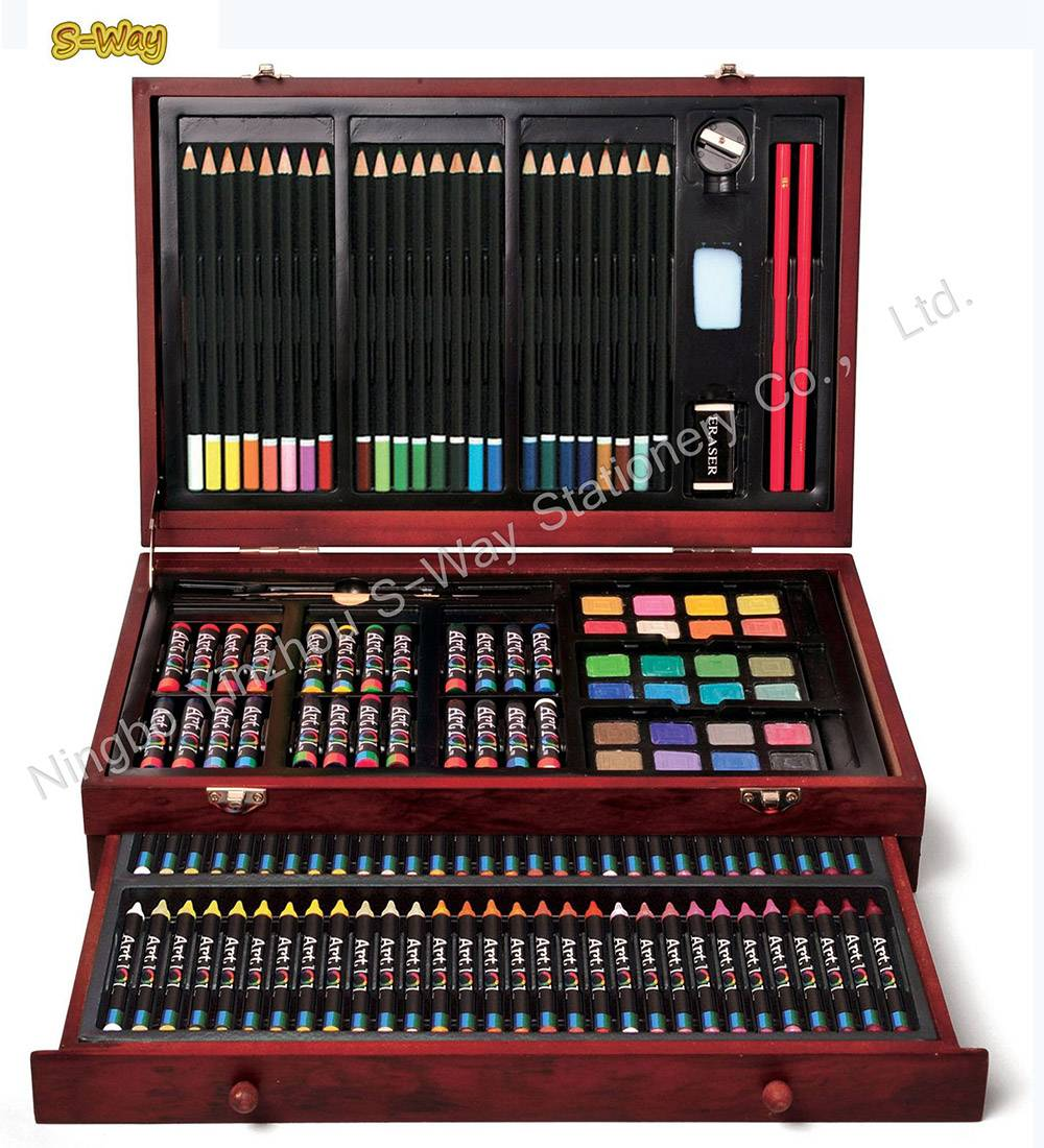 Art 101 142-140-Piece Wood Art Set
