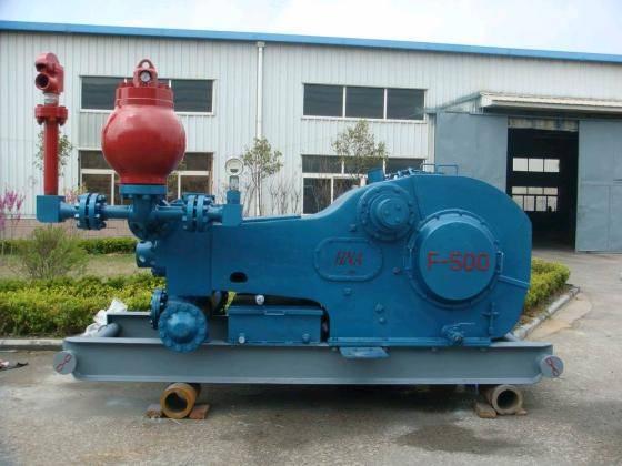 API Standard F-1300 triplex single acting mud pump