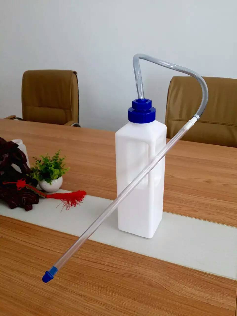 factory directly supply plastic feeding device calf rearer quick-feeder