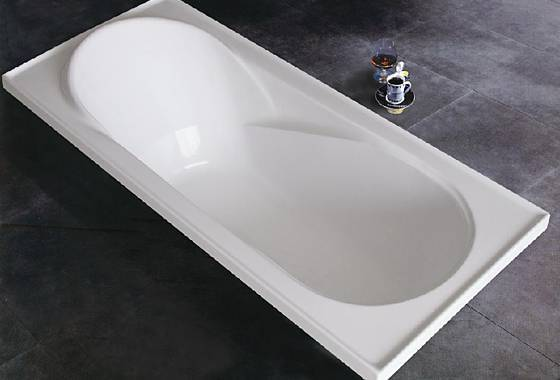 Simple acrylic bathtub