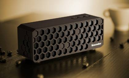 Bluetooth tower bluetooth speaker with 3.5MM Line-in