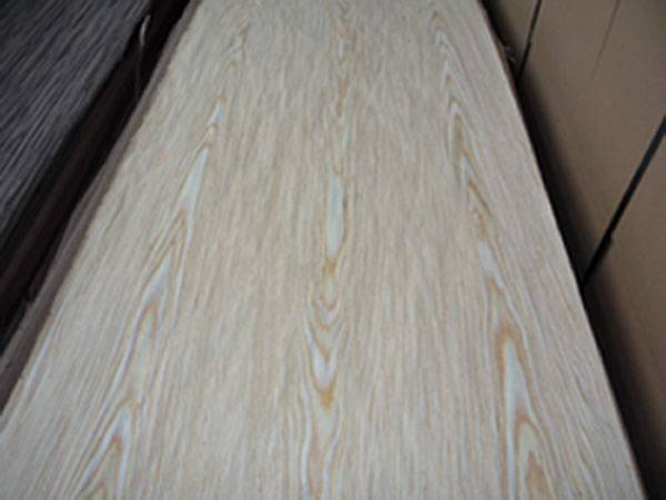 Engineered white oak veneer