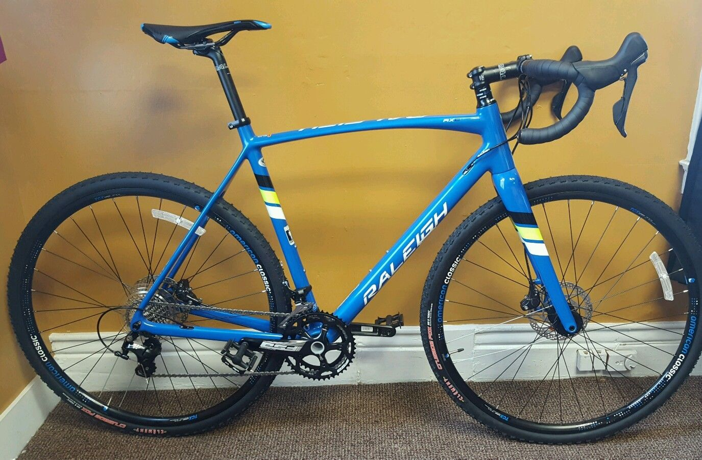 New Raleigh RXC Pro Canti Carbon Cyclocross CX Bike ......$750 USD