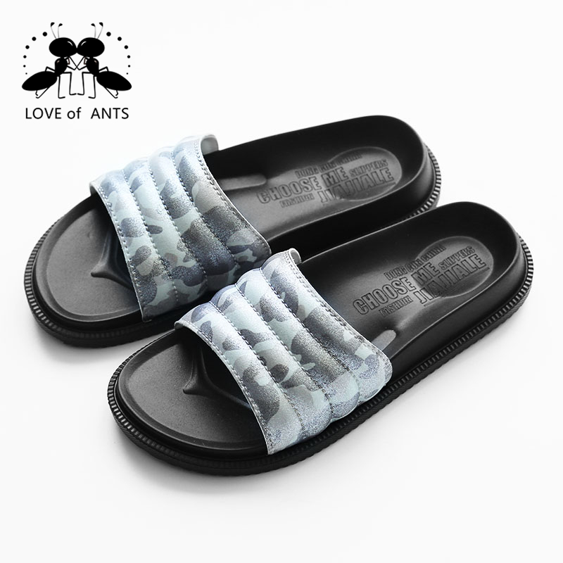 Neutral classic outdoor light weight male slippers