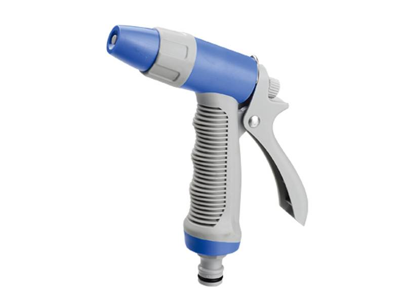 Adjustable irrigation spray gun