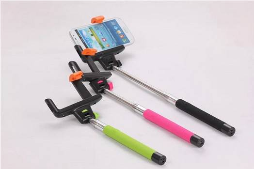 Wireless Monopod Bluetooth Selfie Sticks for iPhone or Android and digital camera selfie