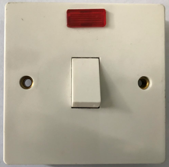 (SE) 20A switched socket with neon