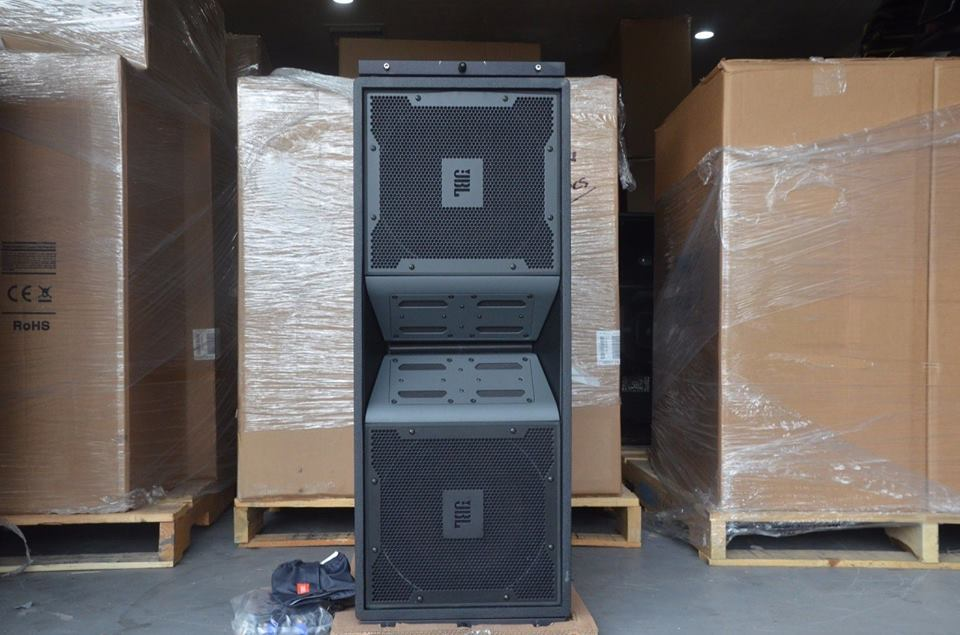 JBL VT4887A Compact Bi Amplified3 Way High Directivity Line Array