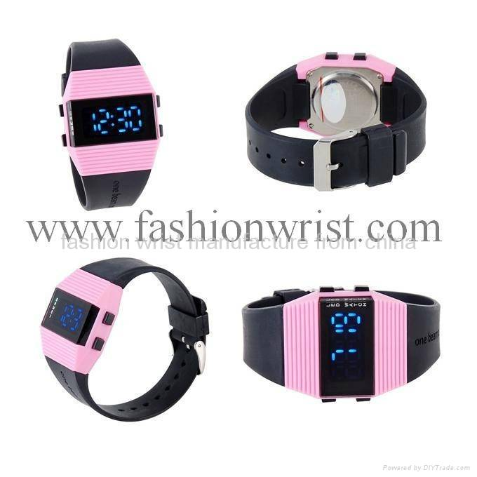 fashion Water-Resistant LED Watch with Date