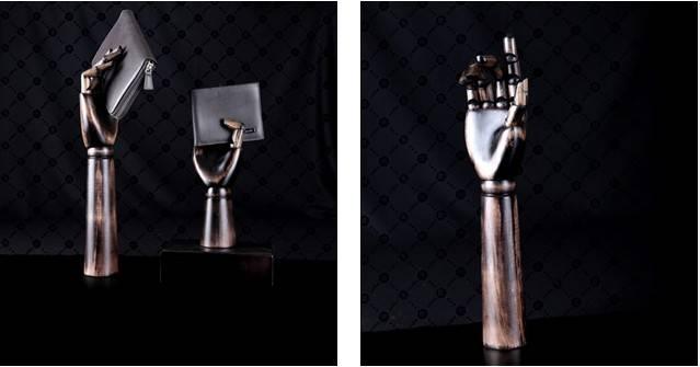 Adjustable wooden mannequin hands model for window display