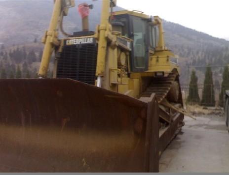 sell Used Crawler Bulldozer Caterpillar (D8R)