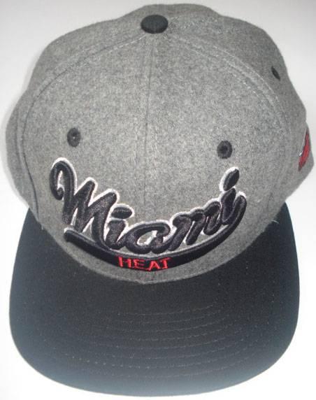 New fashion New York six panel snapback caps with custom embroidery