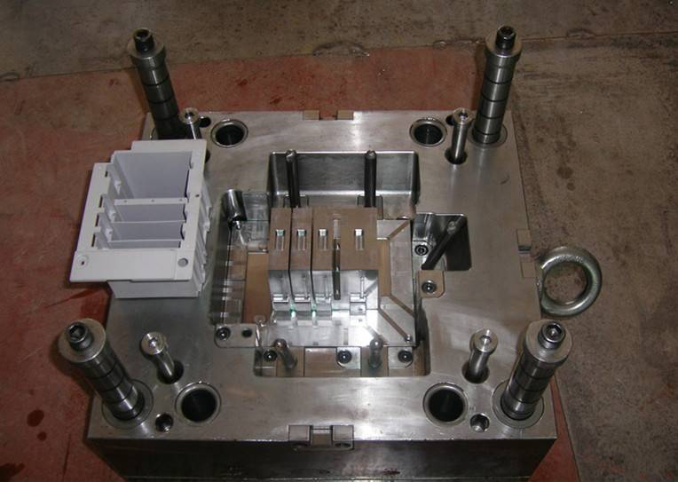 High Precision Plastic Mould