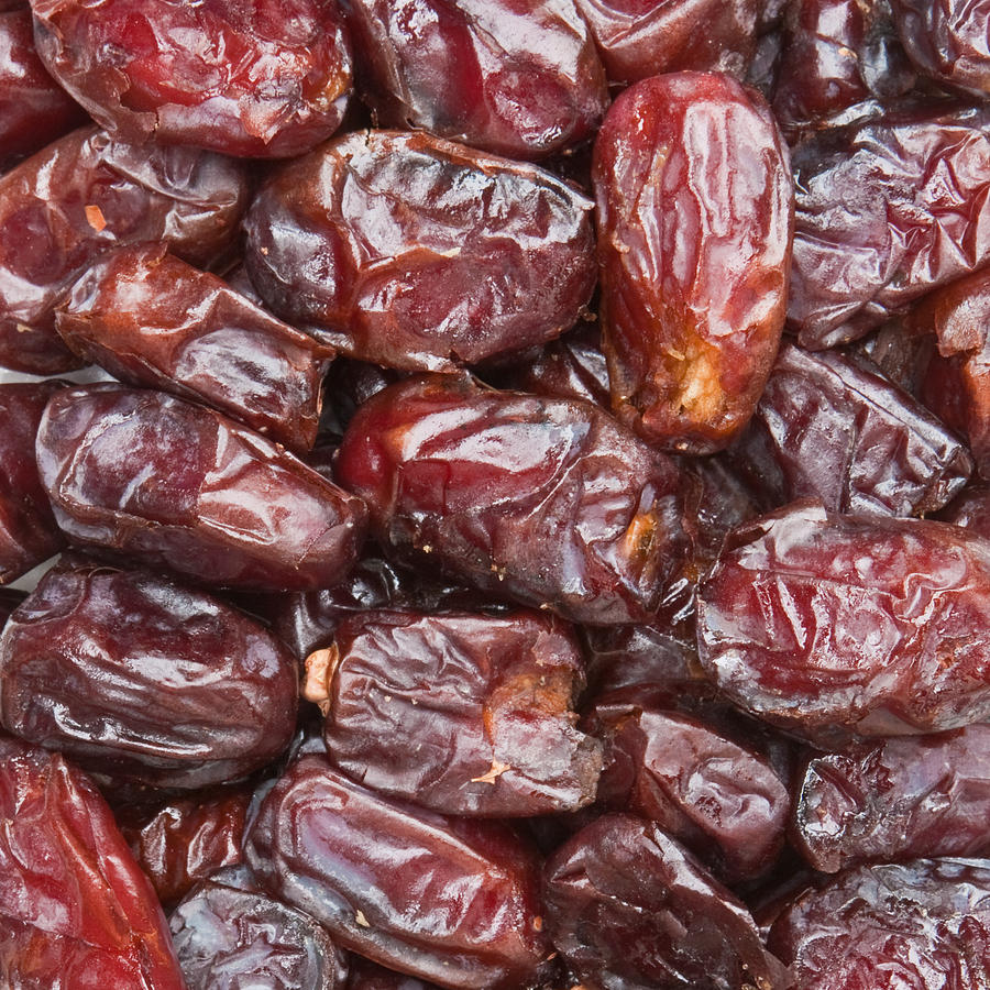 dates high quality 5 stars 1 kg sweet fruits