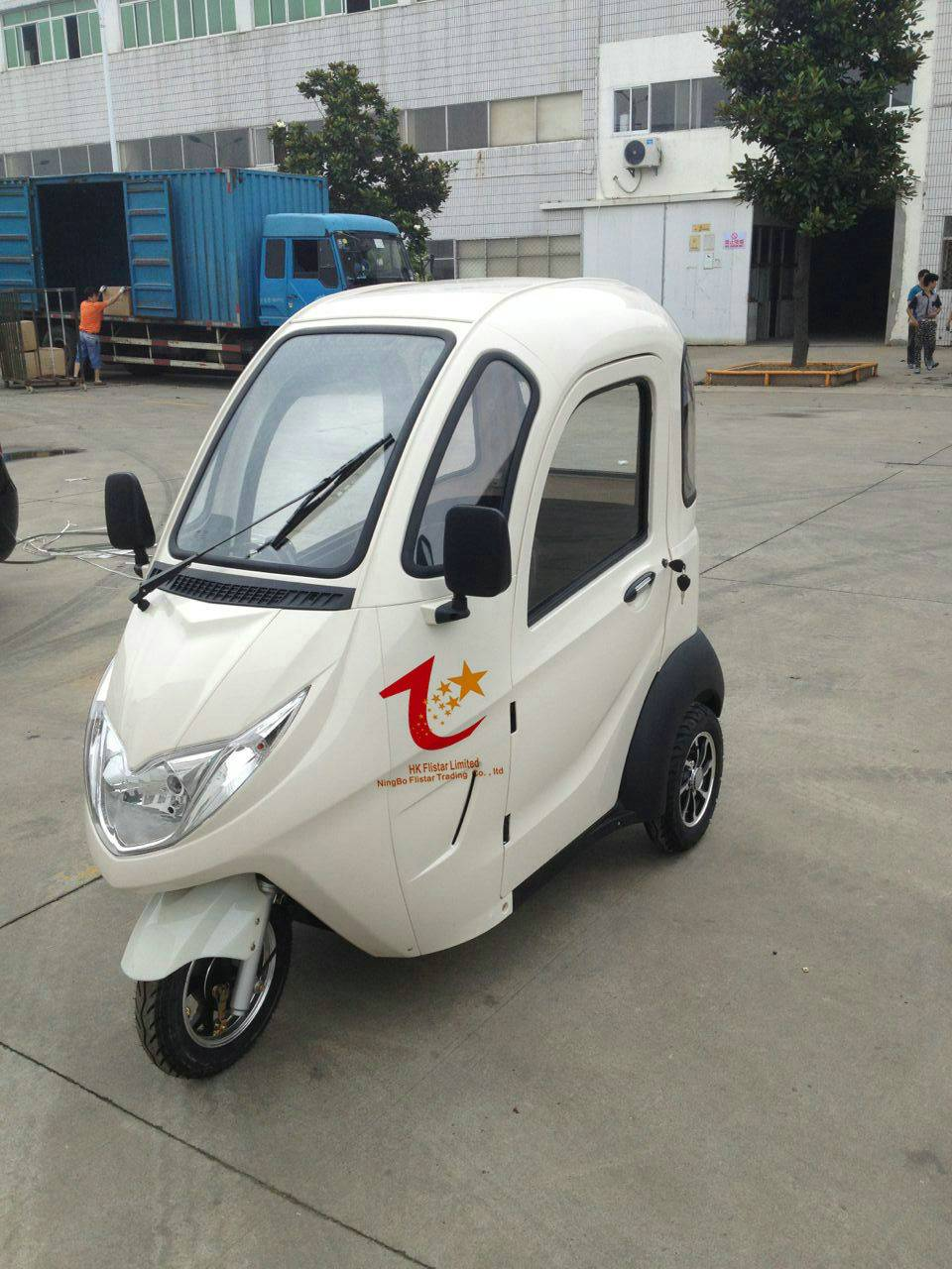 Range per power 40-60km adult electric tricycle with passenger seat