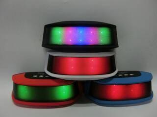 New mini speaker led light showing portable bluetooth speaker