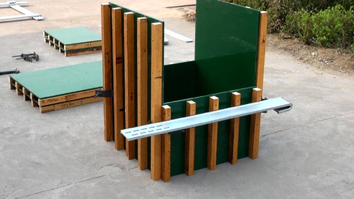 Concrete formwork clamp