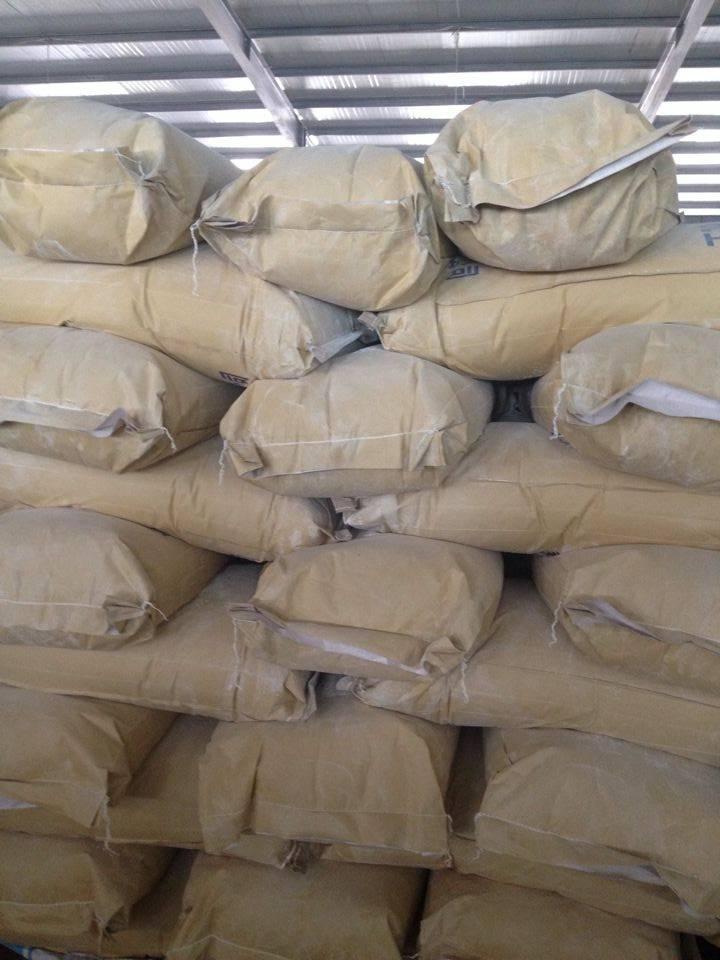 High white bentonite for coating