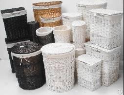 Large set of 3 pcs laundry willow basket.