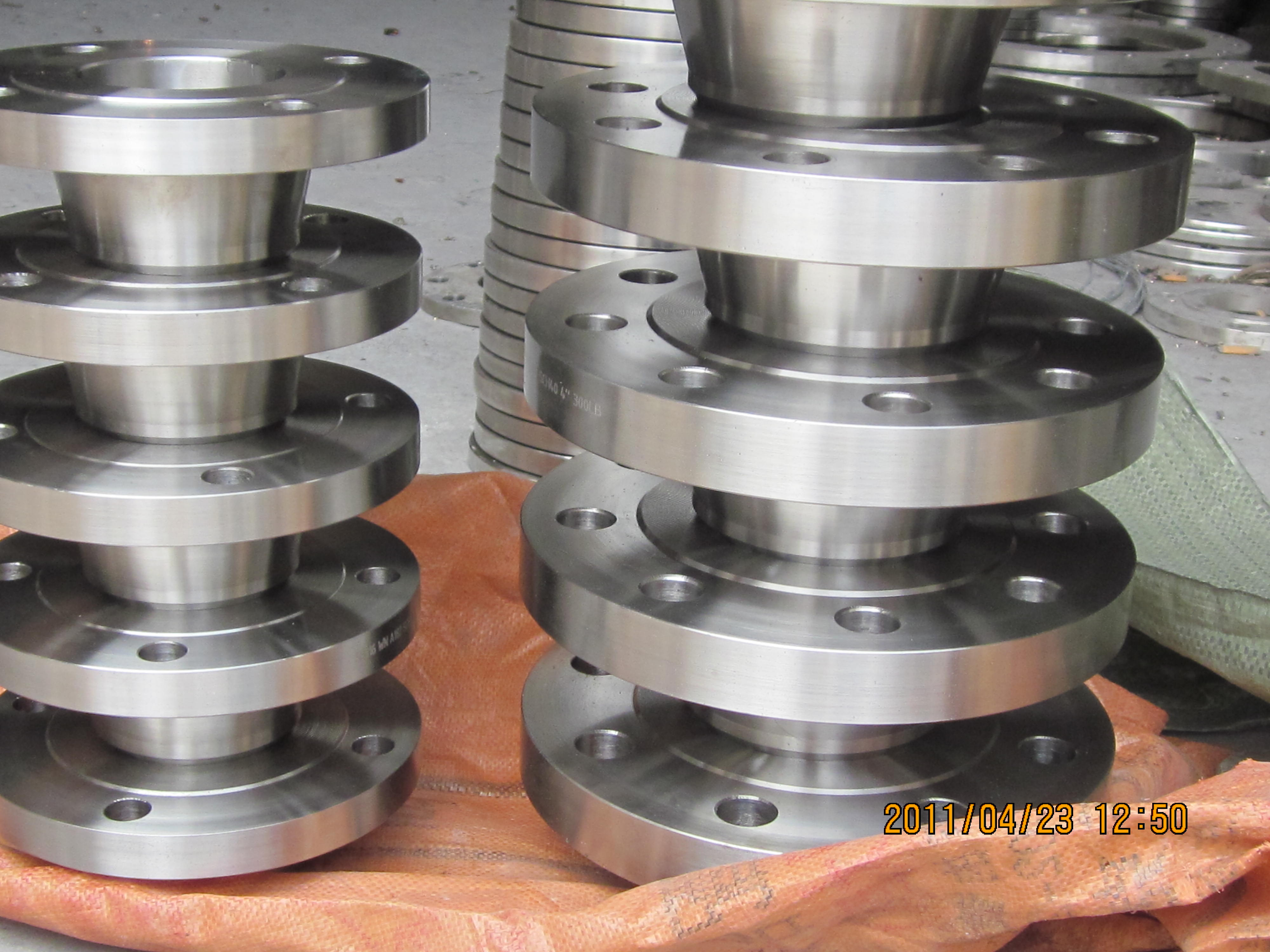 DIN Carbon Steel Welding Neck Flange