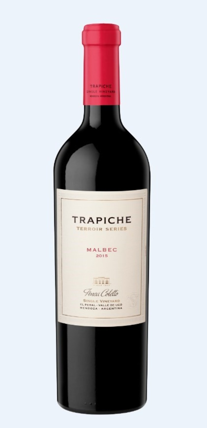 Wine best quality in bottle. Popular quality in teatrabrick
