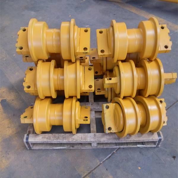 SHANTUI bulldozer parts track roller